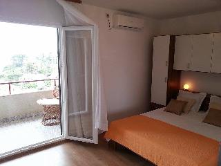 Amazing sea view room with balcony - Jelsa vacation rentals