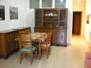 Nice Townhouse with Mountain Views and Hot Tub - Castel di Sangro vacation rentals