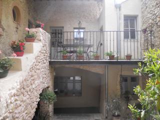 LA MAISON JULES GOUX - Mirmande vacation rentals