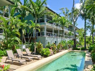 Nice Condo with Dishwasher and A/C - Hamilton Island vacation rentals