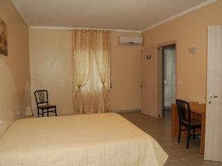 lolly bed and breakfast - Camera matrimoniale - Paravati vacation rentals