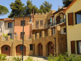 1 bedroom Townhouse with Garden in Guardistallo - Guardistallo vacation rentals