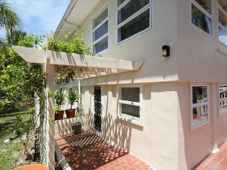 2 bedroom Apartment with A/C in Fort Myers Beach - Fort Myers Beach vacation rentals
