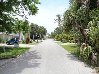 Comfortable House with Deck and Internet Access - Fort Myers Beach vacation rentals