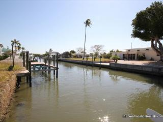 420 Donora Blvd - Fort Myers Beach vacation rentals