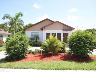Perfect House with Internet Access and A/C - Fort Myers Beach vacation rentals