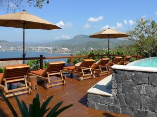 Solana hillside villa with stunning bay views - Zihuatanejo vacation rentals