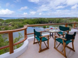 3 bedroom House with Internet Access in Puerto Ayora - Puerto Ayora vacation rentals