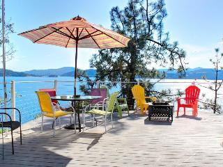 Fantastic lakefront home w/ great views, decks & cabana; dogs OK! - Coeur d'Alene vacation rentals