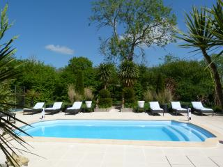 Nice Guest house with Internet Access and Wireless Internet - La Haye-du-Puits vacation rentals