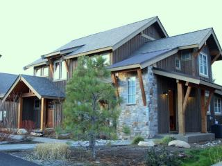 Suncadia Retreat w/ Private Spa - Cle Elum vacation rentals