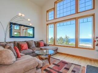 Lovely oceanfront home w/ a private hot tub, foosball & easy beach access! - Neskowin vacation rentals
