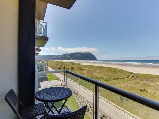 Oceanfront condo with gorgeous beach views, shared pool! - Seaside vacation rentals
