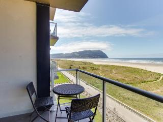 Elegant oceanfront home w/ shared pool and gorgeous sea and mountain views - Seaside vacation rentals