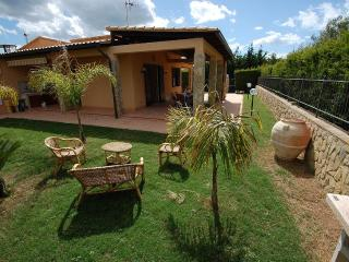BEAUTIFUL VILLA PARIS 150 mt FROM SAND BEACH - Cefalu vacation rentals