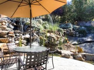 Fishermens Oasis,HOT TUB, wifi, close to Yosemite! - Oakhurst vacation rentals