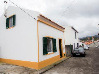 Cozy 2 bedroom House in Furnas - Furnas vacation rentals