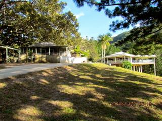 Ingleside Stud Farm Historical Settlers Cottage - Tallebudgera vacation rentals