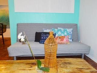 New Blue wave one bedroom apartment Cottage 1 - Miami Beach vacation rentals