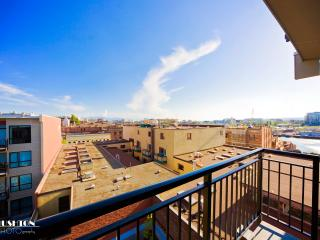 Skyline View Top Corner Unit W/ Parking - Victoria vacation rentals