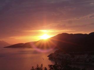 Apartmani Leona 2, from Dubrovnik 50 min. - Neum vacation rentals