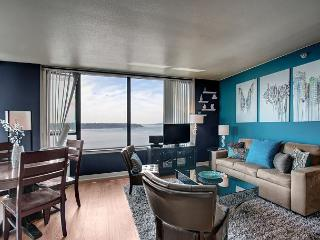 Water Views and Amenities! Your ideal urban vacation with Sea to Sky Rentals - Seattle vacation rentals