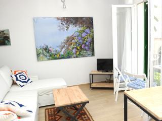 Mar Apartment: Bright and cozy - Palma de Mallorca vacation rentals