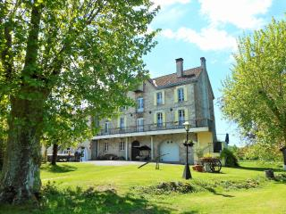 Gorgeous 1 bedroom Vacation Rental in Lauzerte - Lauzerte vacation rentals