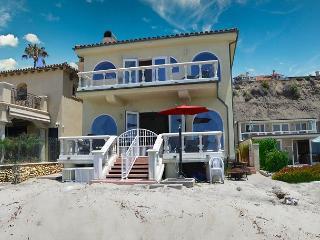 Large Family Beach House! Sleeps 12 4 Bed + Loft / 3 bath  (083) - Dana Point vacation rentals