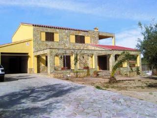 Comfortable 4 bedroom Villa in L'Ampolla - L'Ampolla vacation rentals