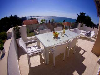 Beautiful Villa in Zadar with Deck, sleeps 6 - Zadar vacation rentals