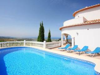 Nice 3 bedroom Rafol de Almunia Villa with Internet Access - Rafol de Almunia vacation rentals