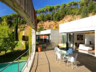 Bright Villa with Washing Machine and Private Outdoor Pool - Sant Pere de Vilamajor vacation rentals