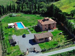 4 bedroom Villa with Internet Access in Ghizzano - Ghizzano vacation rentals