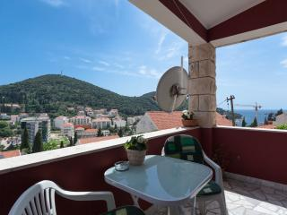 Lovely Condo with Internet Access and A/C - Dubrovnik vacation rentals