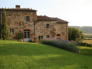 Nice 9 bedroom House in Arezzo - Arezzo vacation rentals