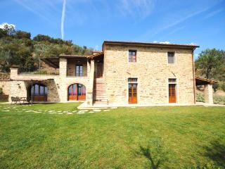4 bedroom House with Private Outdoor Pool in Cortona - Cortona vacation rentals