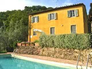 Charming Villa with Grill and Satellite Or Cable TV - Bucine vacation rentals