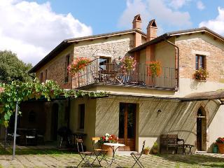 Fiordaliso - Castelmuzio vacation rentals