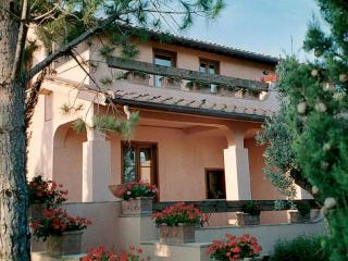 Lovely Villa with A/C and Washing Machine - Santa Maria di Rispescia vacation rentals