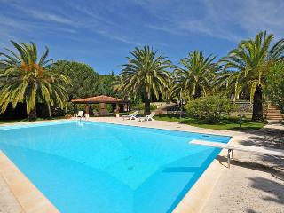 Spacious Villa with Internet Access and Wireless Internet - Campo nell'Elba vacation rentals