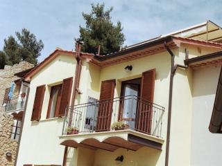 Nice 1 bedroom Townhouse in Guardistallo - Guardistallo vacation rentals