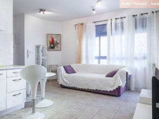 "Suite ""Victoria"", Ashkelon - Ashkelon vacation rentals"
