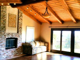 Luxury Fallbrook home with amazing mountain view - Fallbrook vacation rentals
