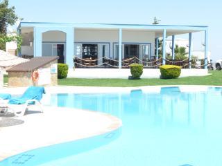 YALIKAVAK HOLIDAY GARDENS. 2 bed rooftop apartment - Yalikavak vacation rentals