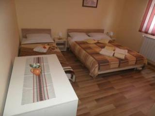 Triple room - Slunj vacation rentals