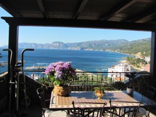 Bellissimo appartamento Cala Gonone con vista mare - Cala Gonone vacation rentals