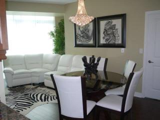 Extravagant 2Bedrooms /2Baths Condo in Mississauga - Mississauga vacation rentals