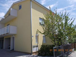 1 bedroom Condo with Television in Kastel Novi - Kastel Novi vacation rentals