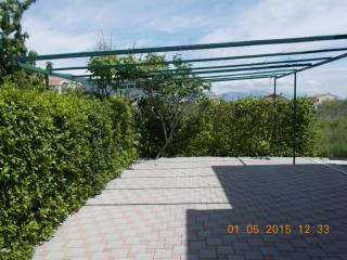 1 bedroom Apartment with Television in Kastel Novi - Kastel Novi vacation rentals
